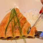 Pita sa mesom i razvučenim korama