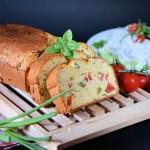 Kukuruzni hleb sa čeri paradajzom