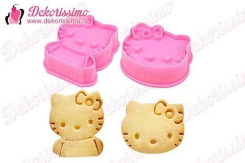 Sekac Hello Kitty sa izbacivacem, 2 kom + sekac maca Mari sa izbacivacem, 2 kom