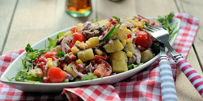 Krompir salat sa tunjevinom
