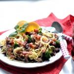 Špagete sa slaninom i brokolijem