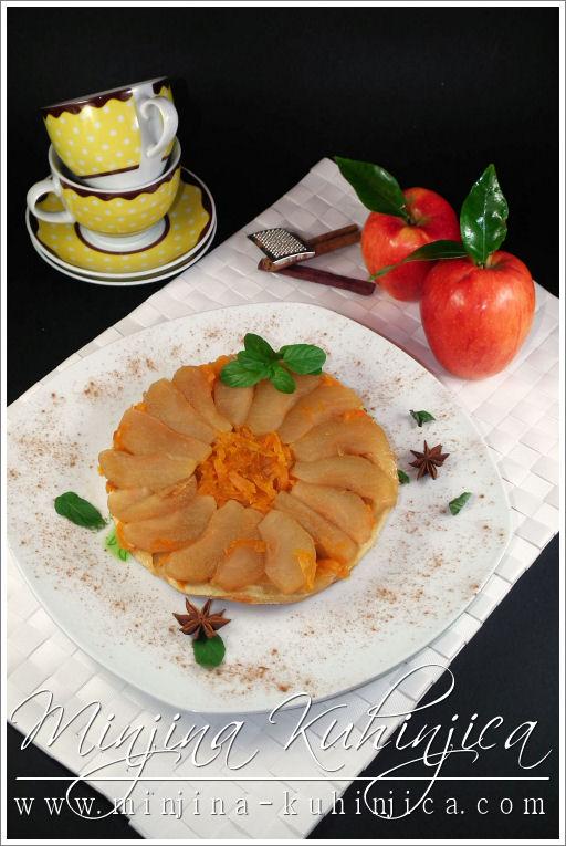 Izvrnuti kolač sa jabukama i bundevom