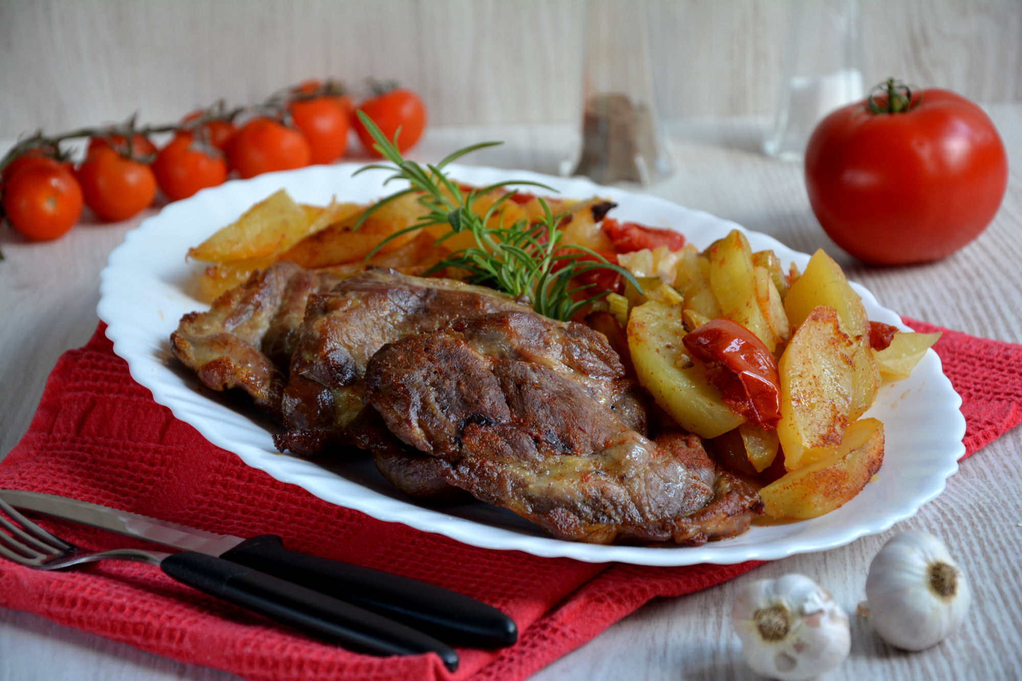 Svinjski vrat sa povrćem