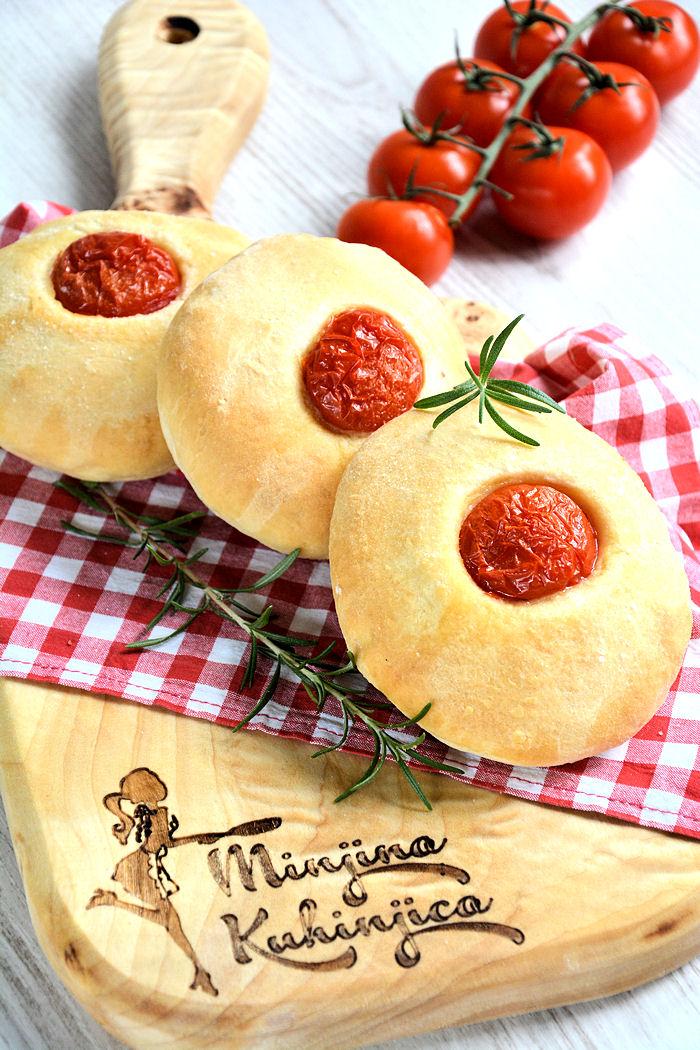 Pogačice sa čeri paradajzom