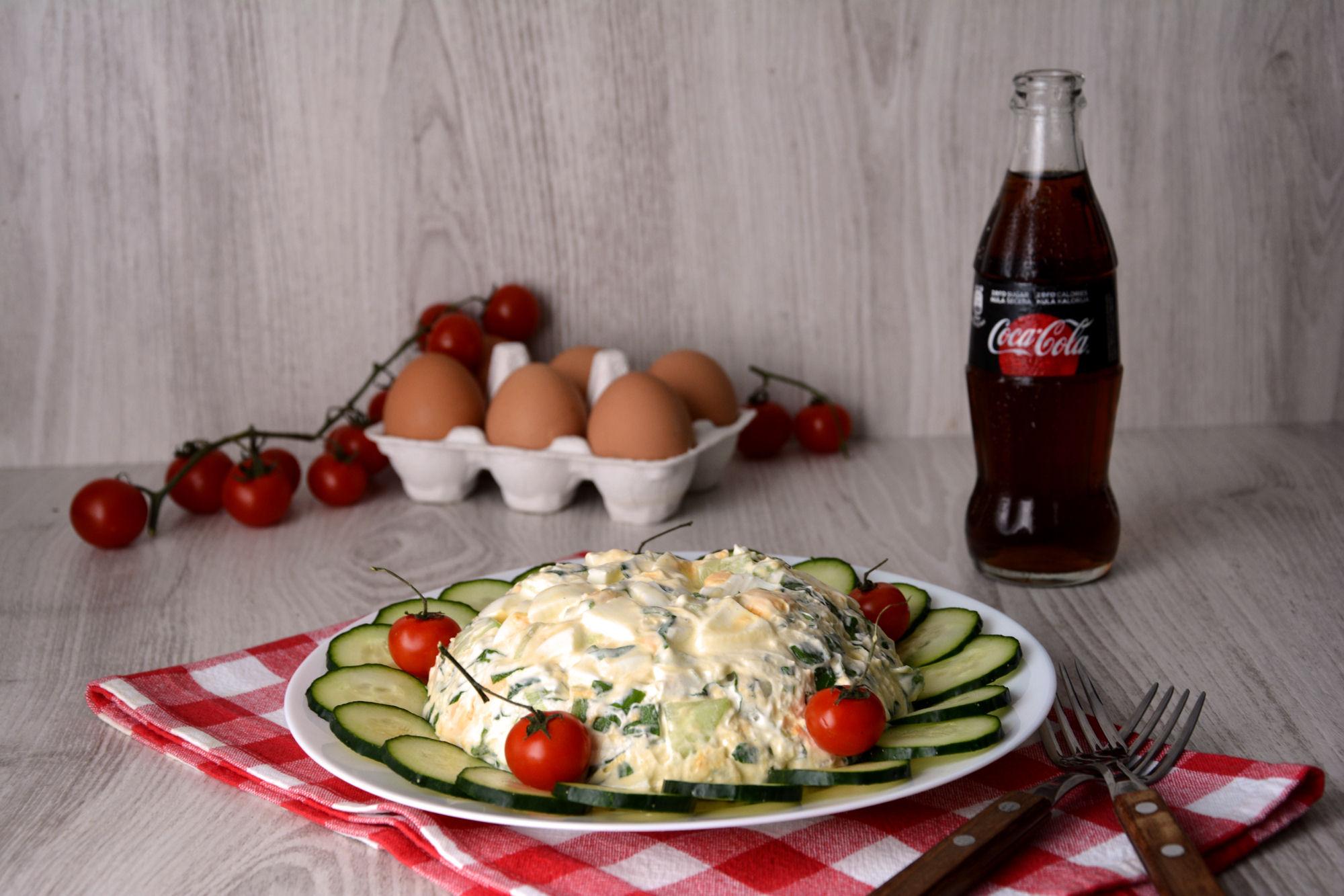 Salata sa sremušem i jajima (video)