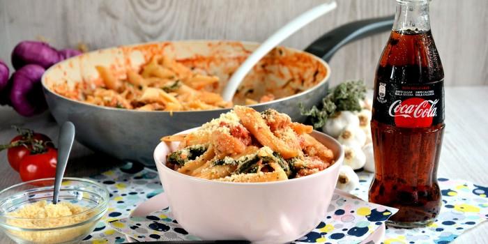 Recept: http://www.minjina-kuhinjica.com/glavna-jela/testenine/penne-sa-piletinom-video/