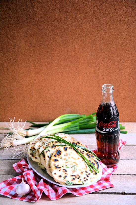 Grilovani hleb sa kukuruznim brašnom i lukom