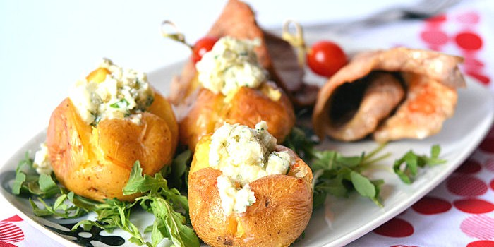 Pečeni krompir sa kajmakom