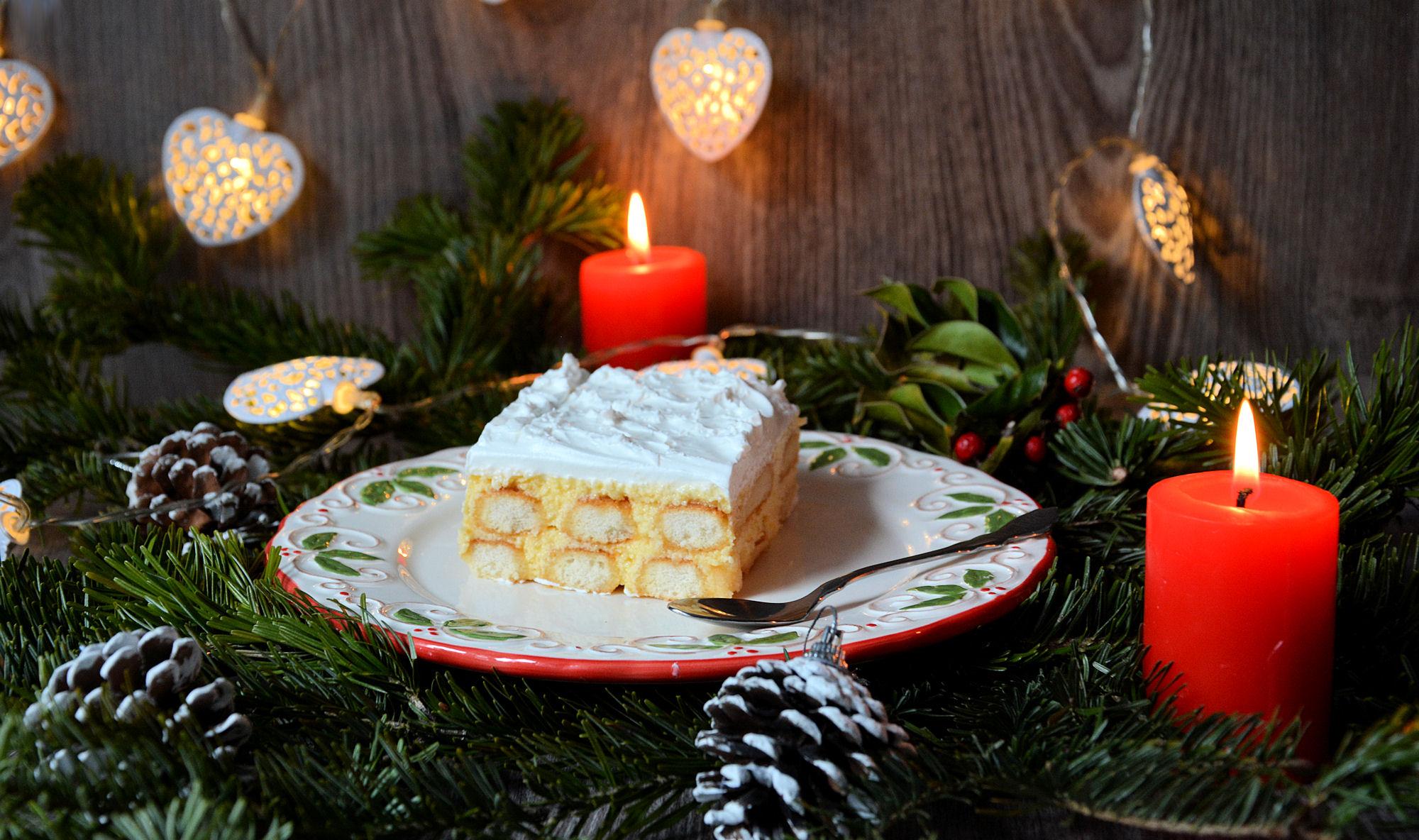 Torta sa piškotama i kiselom pavlakom (video)