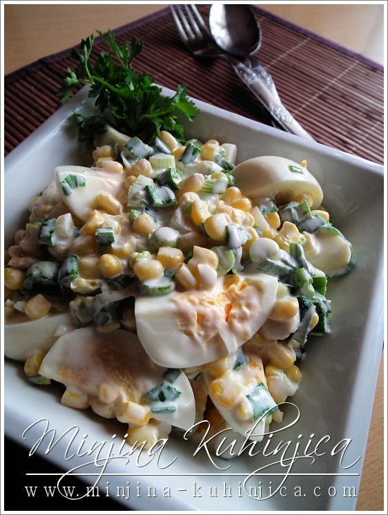 Salata sa jajima i kukuruzom (3)