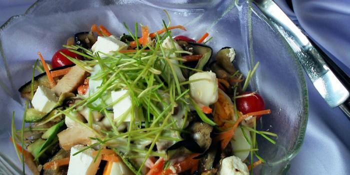 Salata sa psenicnim klicama (3)